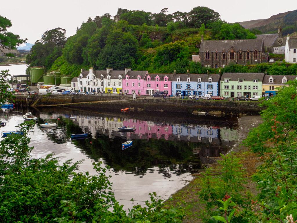 Isle of Skye mit Hund - Portree